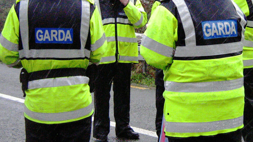 Gardaí issue 300+ fines for 5km travel breaches over the weekend