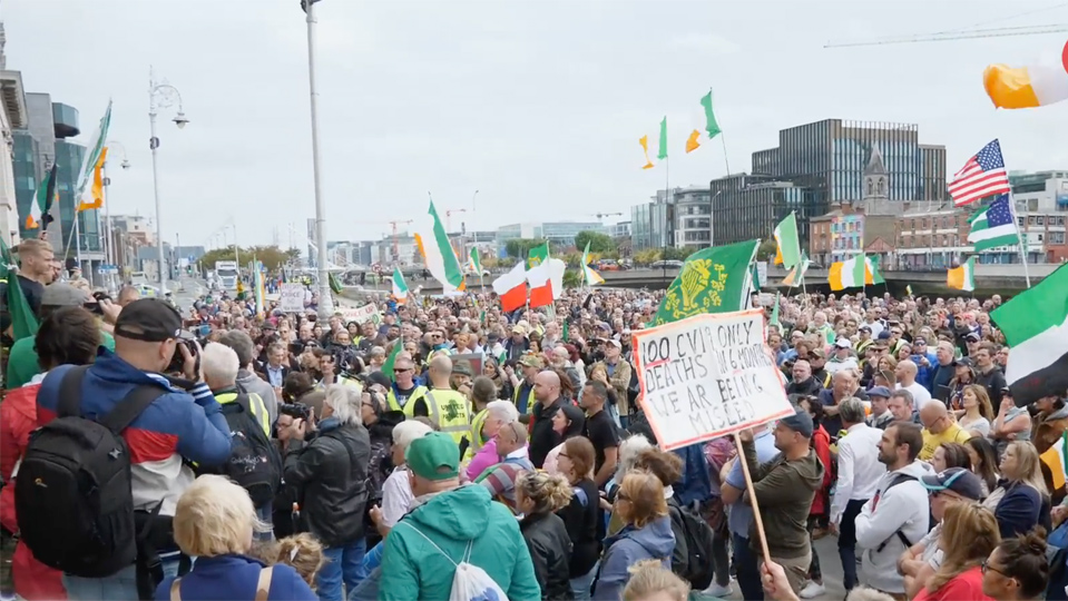 Thousands gather for second lockdown protest in Dublin