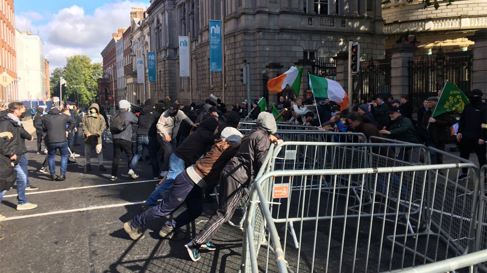 Saoradh, investigated in murder of journalist Lyra McKee, join with Antifa to attack anti-lockdown protest