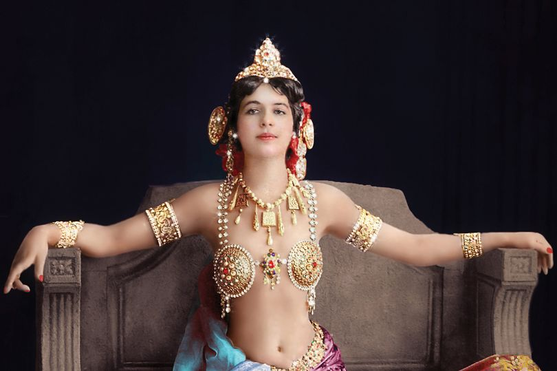 ON THIS DAY:  15 OCTOBER  1917: Mata Hari executed for spying