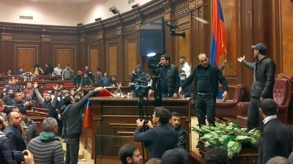 WATCH: Parliament is stormed as Armenian Christians say emotional goodbye to lost churches & homes