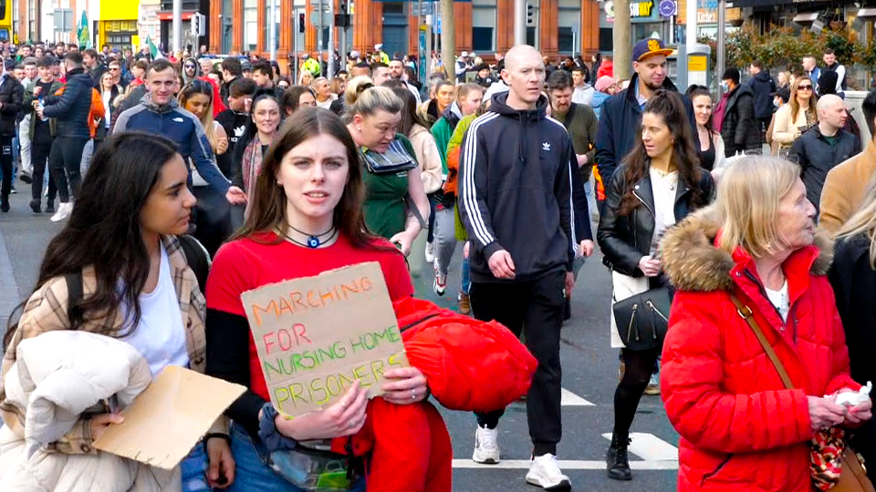 WATCH: Clashes dominate headlines, but thousands protest peacefully in Dublin