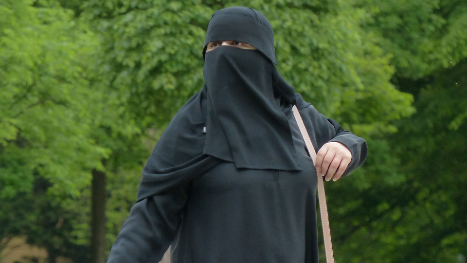 Switzerland votes to ban public wearing of the Burqa by referendum