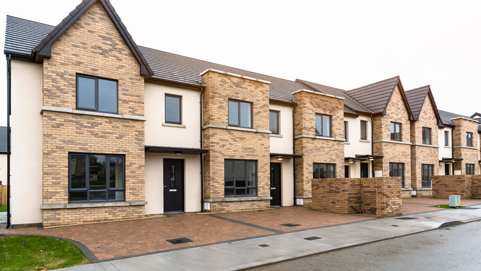 Government should double spending on housing to €4bn – ESRI