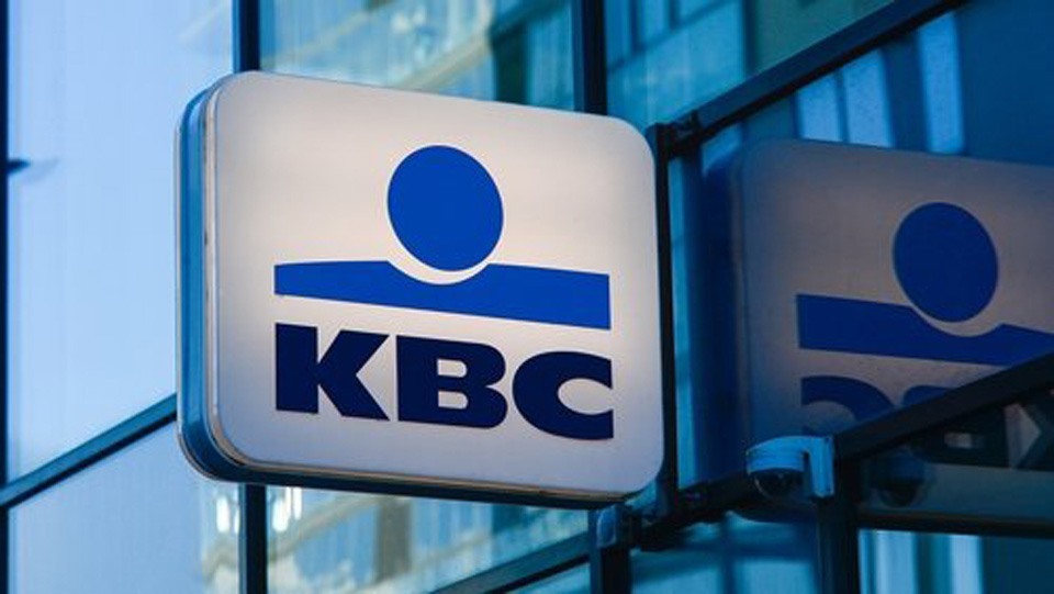 """Irish """"at mercy of Vulture Fund feeding frenzy"""" after KBC Bank sale, say Rural TDs"""