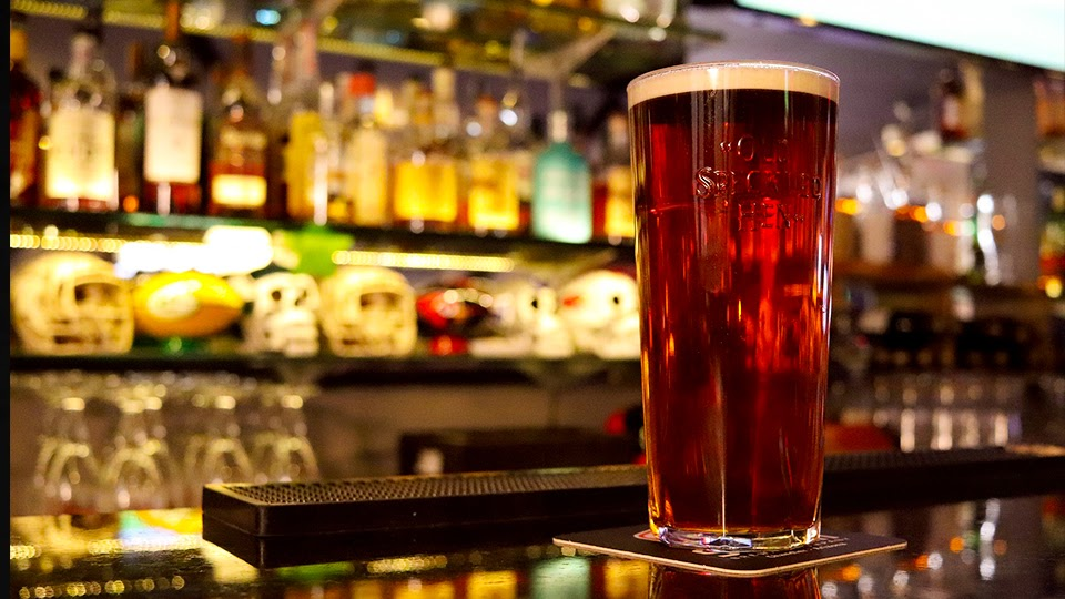 HSE bosses warn public not to travel north as pubs open in the six counties