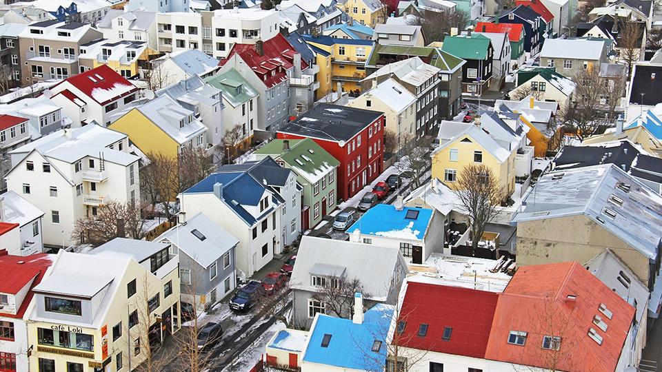 Mandatory hotel quarantine illegal, Icelandic court rules