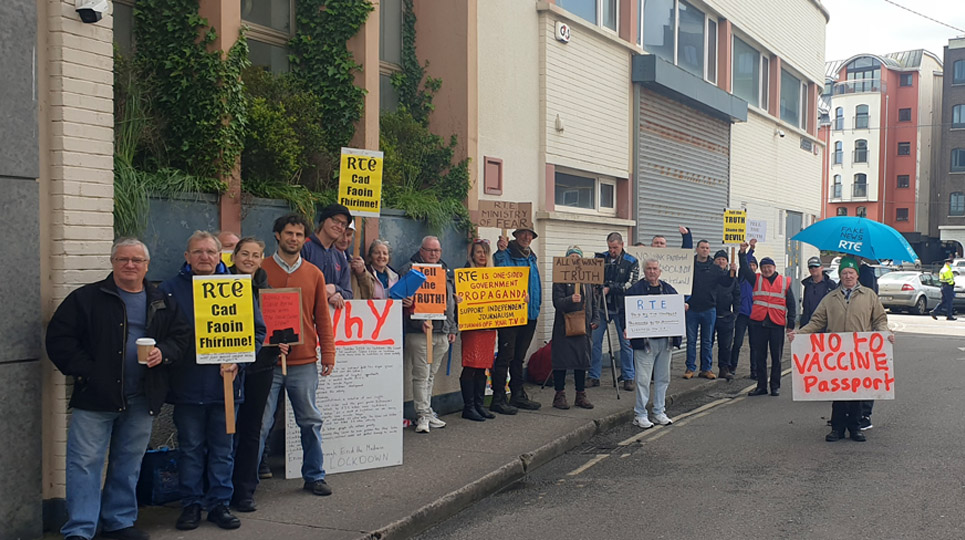 Protest at RTÉ Cork claims broadcaster has failed in its duty during Covid-19 crisis